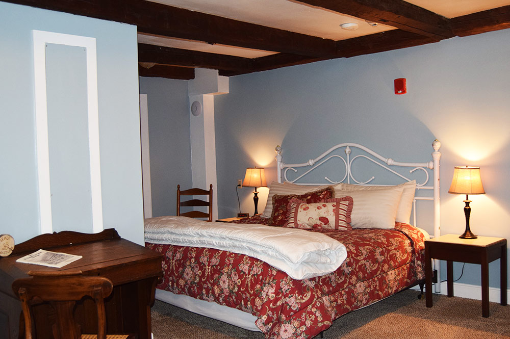 With a couple beds, the Eagle Pond room is perfect for a small family