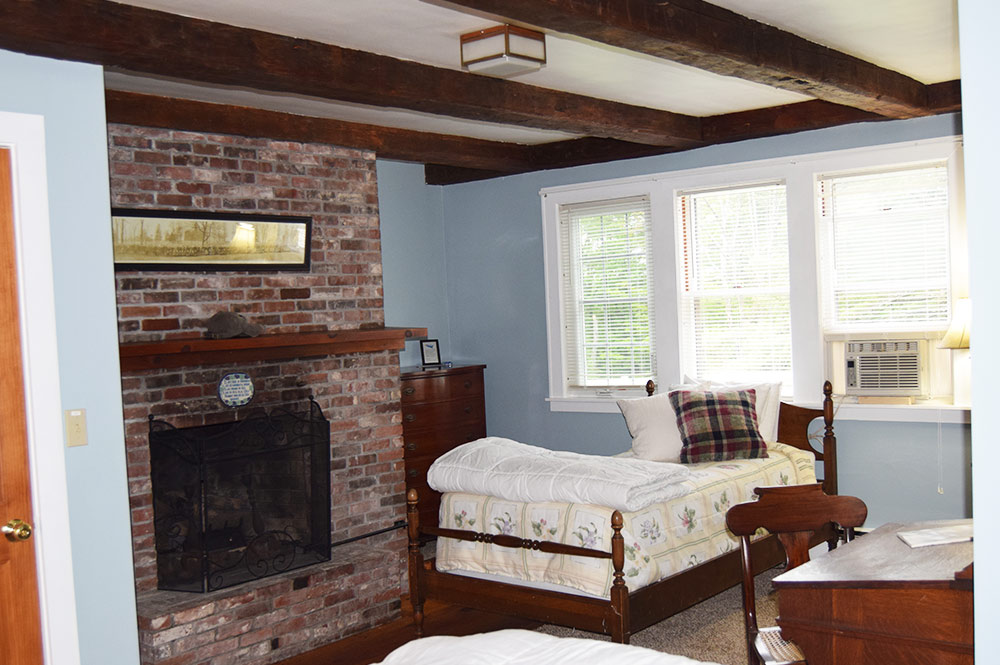 Enjoy your stay in the Eagle Pond room